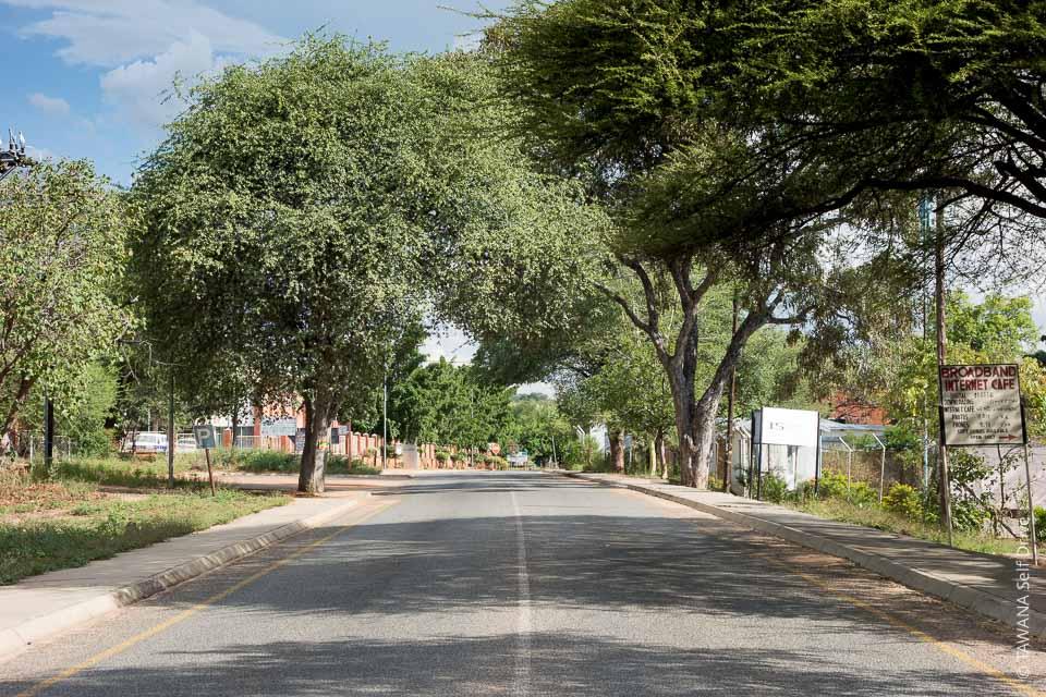 Rue principale de Kasane