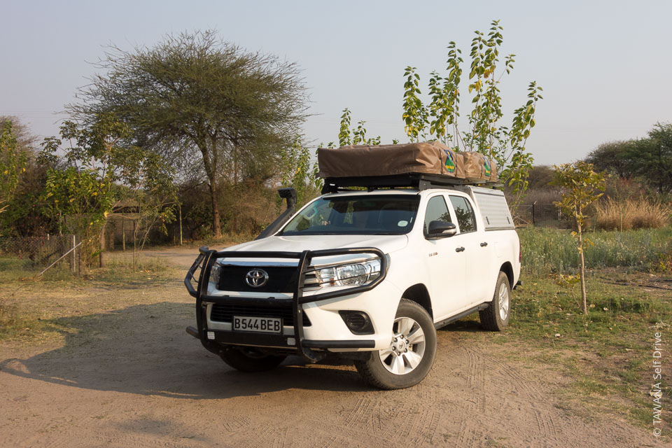 location de 4x4 au botswana toyota hilux tawana self drive. Black Bedroom Furniture Sets. Home Design Ideas