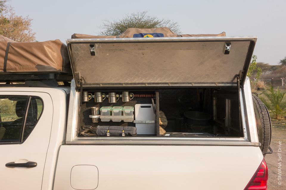 Louez un 4x4 équipé camping pour réussir vos safaris self drive en Afrique australe !